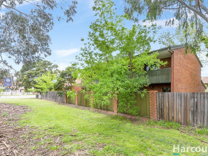 17 Atkinson Street, Queanbeyan East, NSW 2620