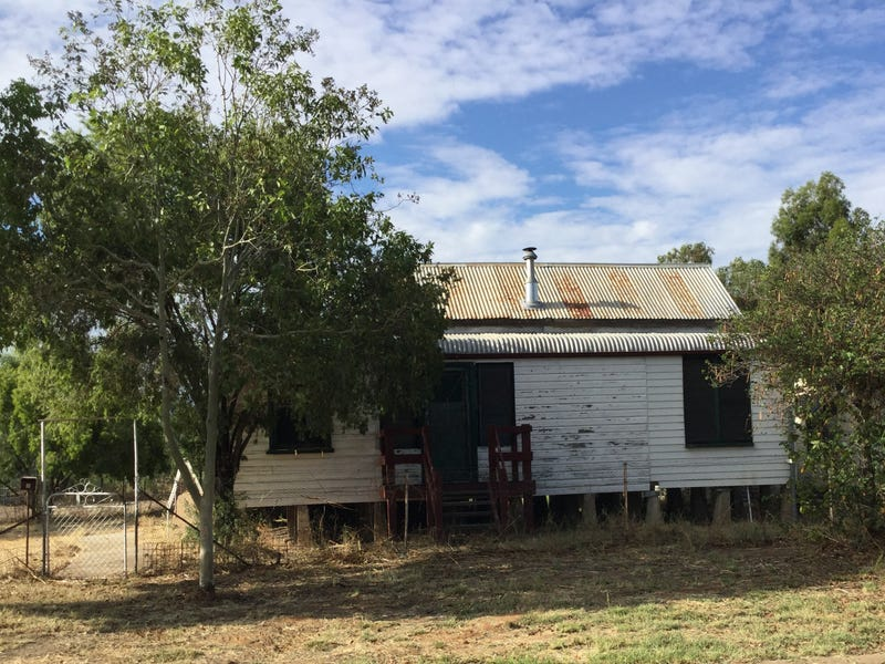 8 Queen St, Coonamble, NSW 2829