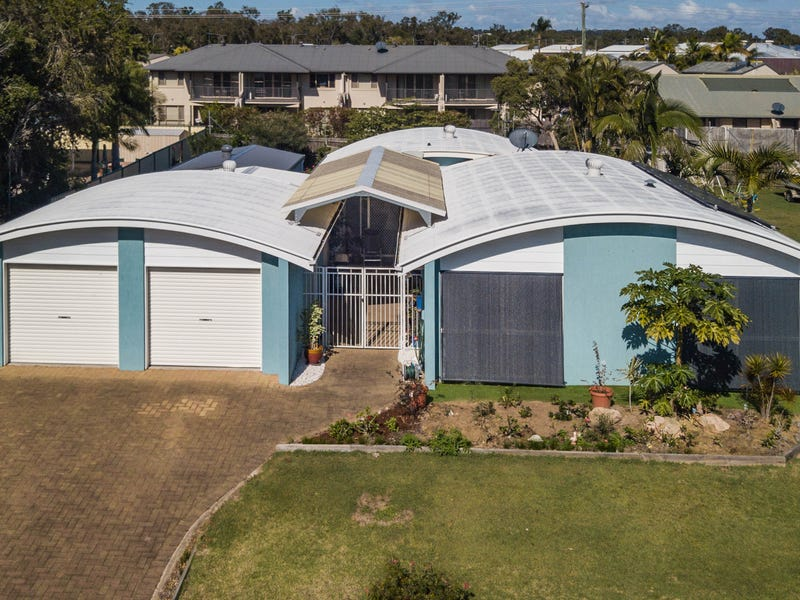 9 Whimbrel Grove, Eli Waters, Qld 4655