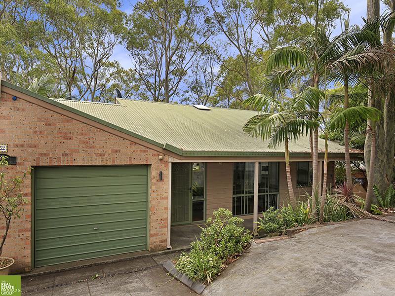 2/52 The Avenue, Mount Saint Thomas, NSW 2500