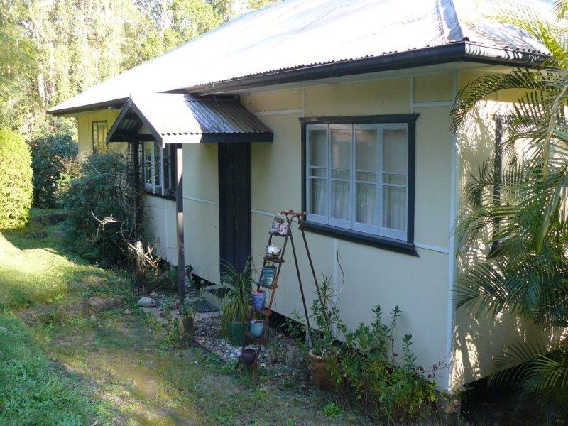 12 Leeons Rd, Palmwoods, Qld 4555