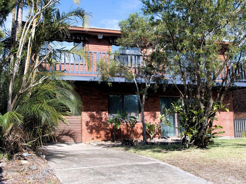 20 Mermaid Ave, Hawks Nest, NSW 2324