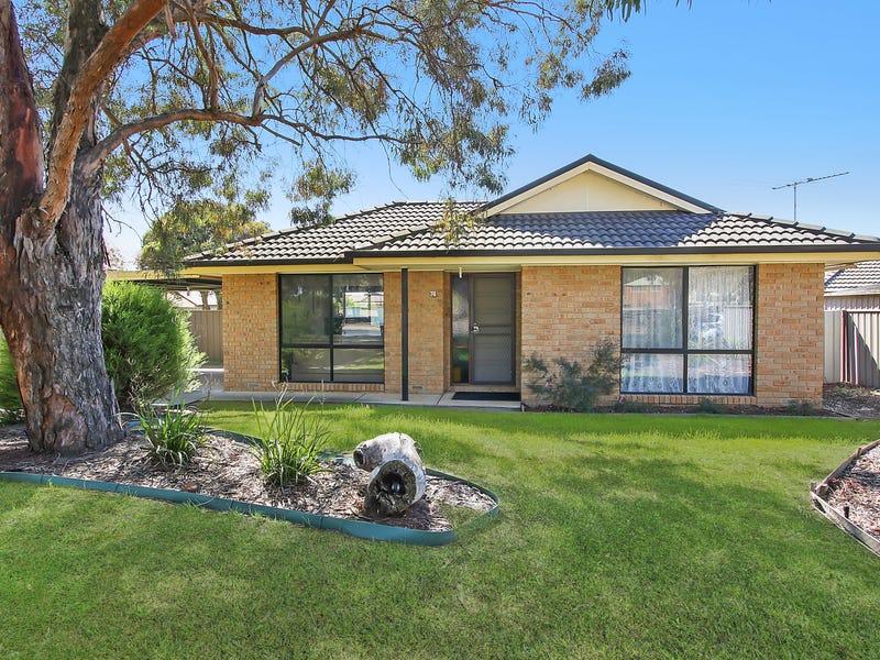 74 Bogong Street, Thurgoona, NSW 2640