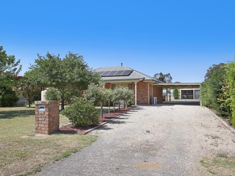 74 Pell Street, Howlong, NSW 2643