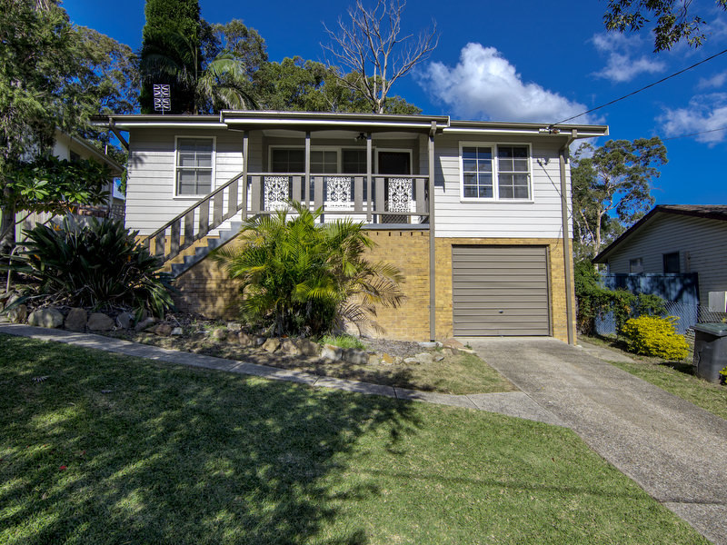 10 Quigley Road, Bolton Point, NSW 2283