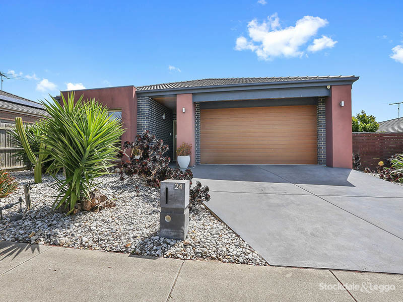 24 Pickerall Avenue, Grovedale, Vic 3216