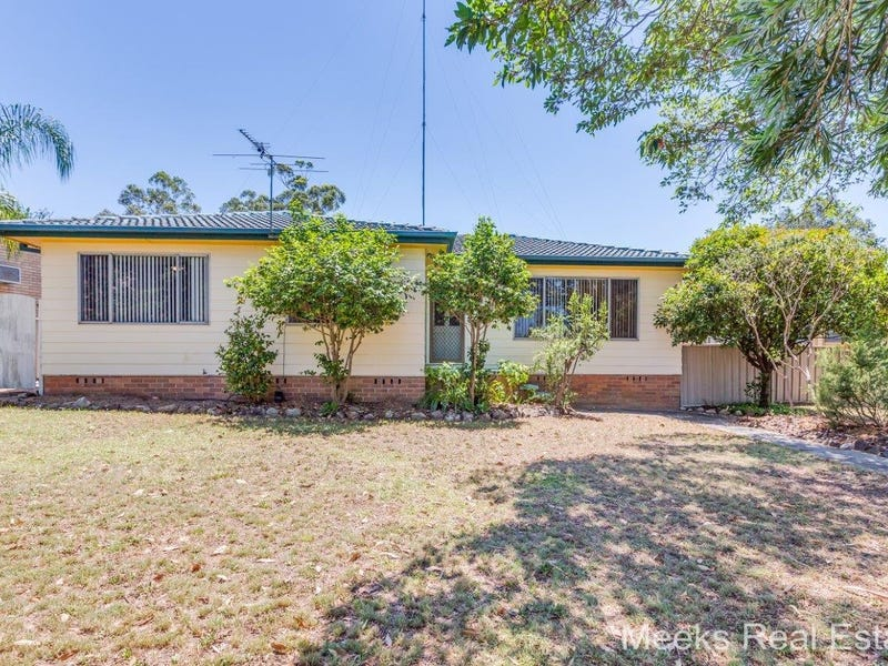 8 Howard Close, Thornton, NSW 2322