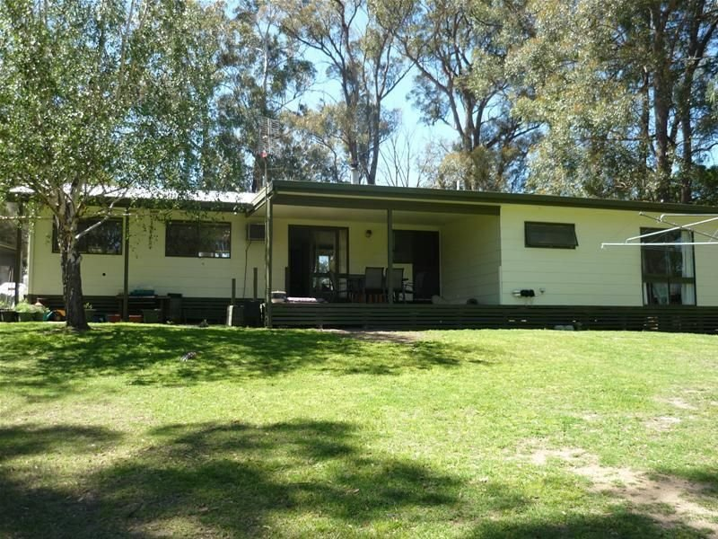 193 Great Alpine Road, Bruthen, Vic 3885