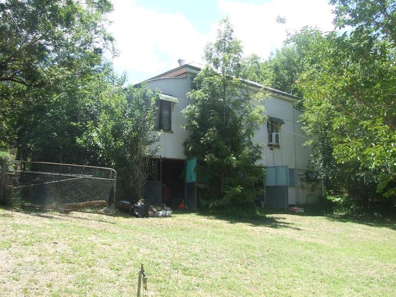 14 Dingo Mountain Road, Crows Nest, Qld 4355