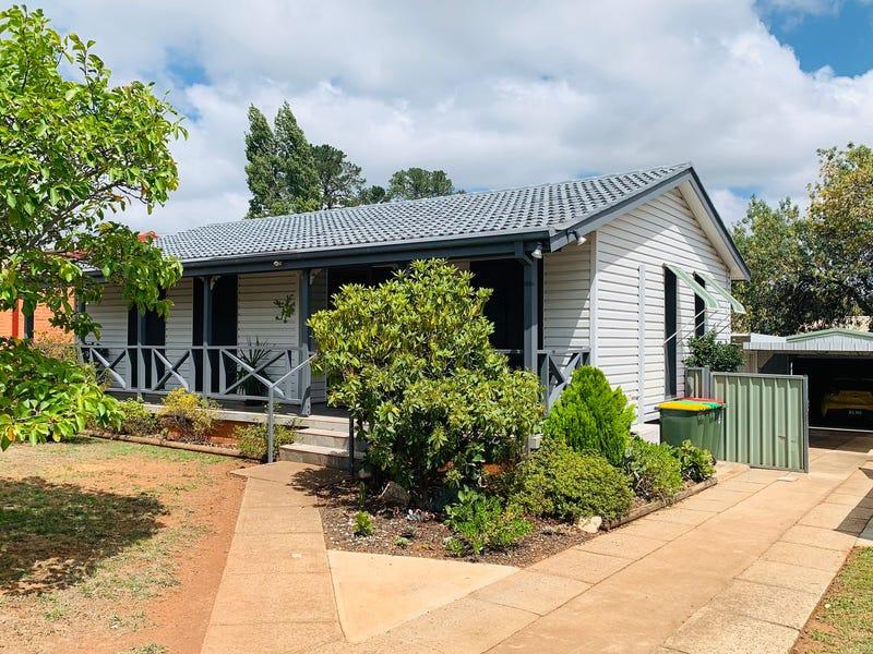 105 Lone Pine Avenue, Orange, NSW 2800