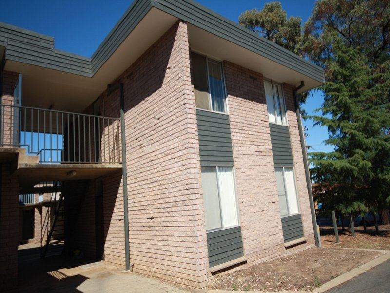 10/1 Joyes Place, Tolland, NSW 2650