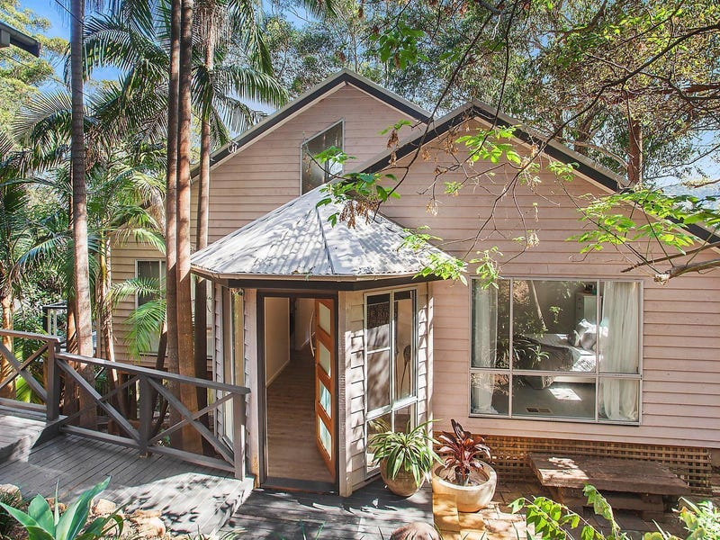 39 Easter Parade, North Avoca, NSW 2260