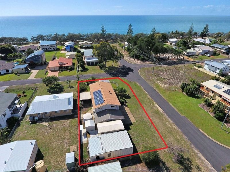 1 Pine Court, Woodgate, Qld 4660