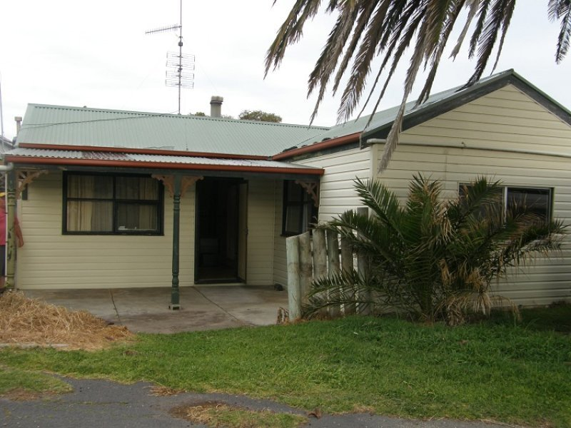 11 North West Tce, Beachport, SA 5280