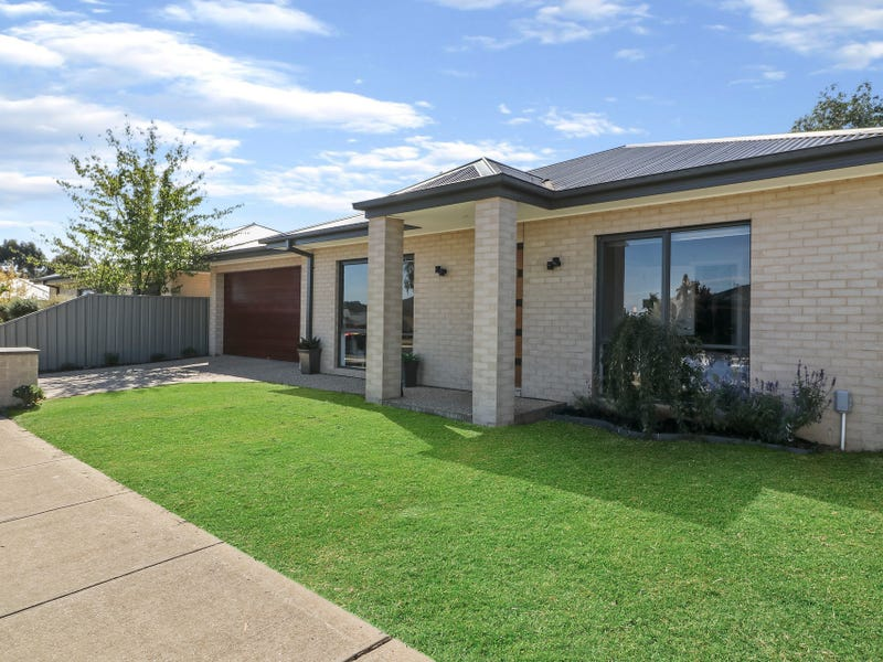 87 Cambridge Drive, Mansfield, Vic 3722