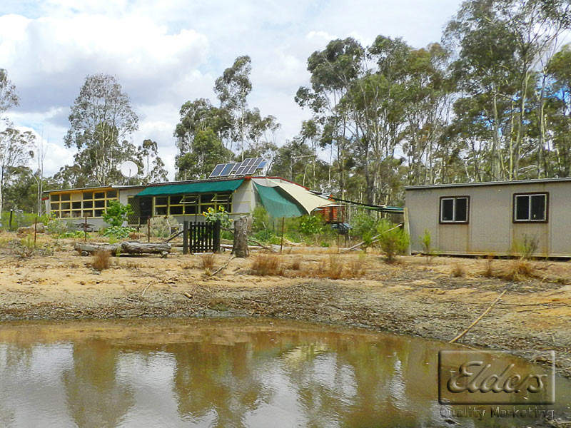 Ten Acres - Tresize Track, Wellsford, Vic 3551