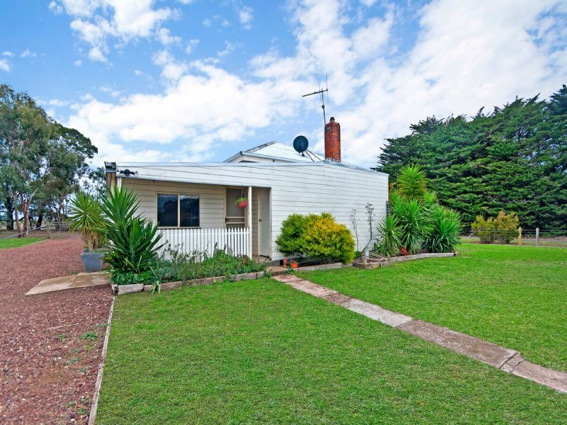 264 Walkenhorst Road, Tarrington, Vic 3301