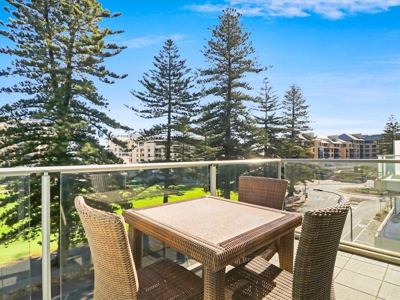 404/25 Colley Tce, Glenelg, SA 5045