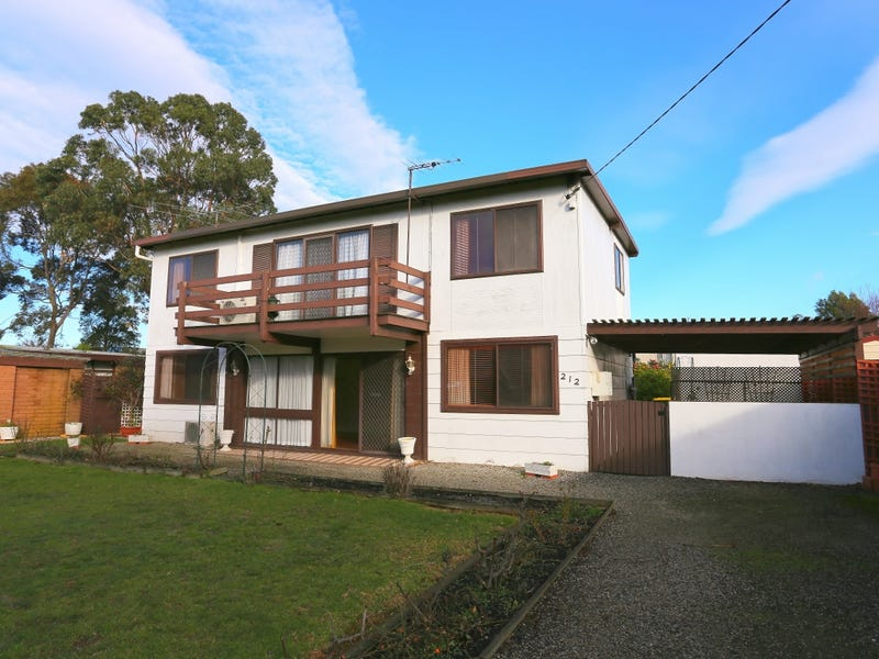 212 Thompson Avenue, Cowes, Vic 3922