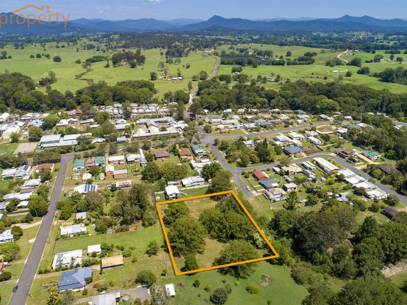 16 Young  Street, Bowraville, NSW 2449