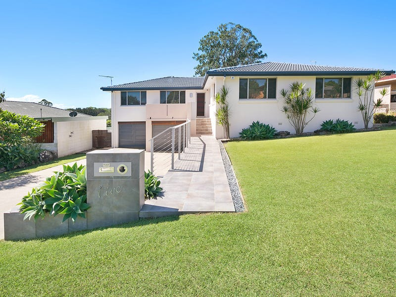 5 Dirrigeree Crescent, Sawtell, NSW 2452