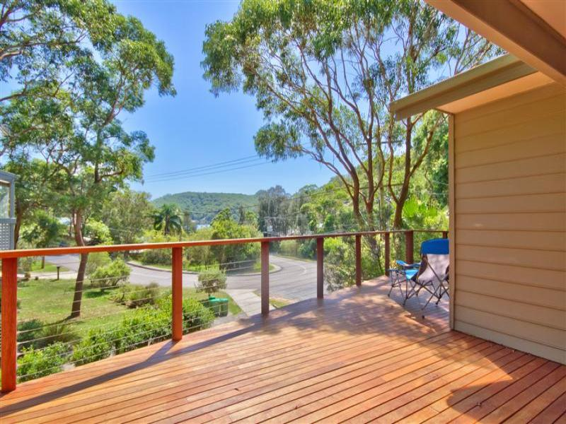 16 Heath Road, Hardys Bay, NSW 2257
