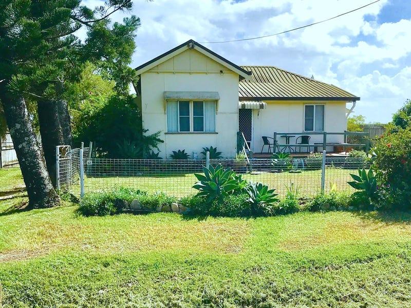 62 Mackenzies Road, Calen, Qld 4798