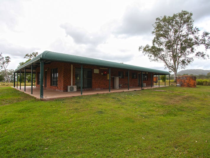 57 Osbornes Road, Oakenden, Qld 4741