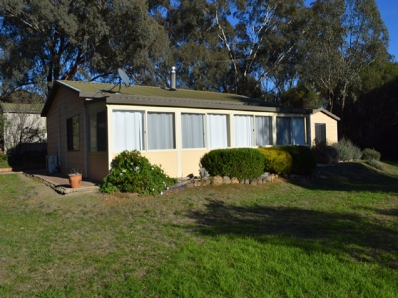 92 Richmond Street, Binalong, NSW 2584