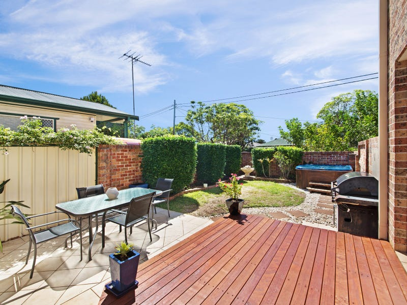 1/2 Farnell Road, Woy Woy, NSW 2256