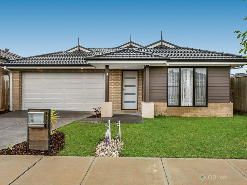 16 Carlyle Crescent, Clyde North, Vic 3978