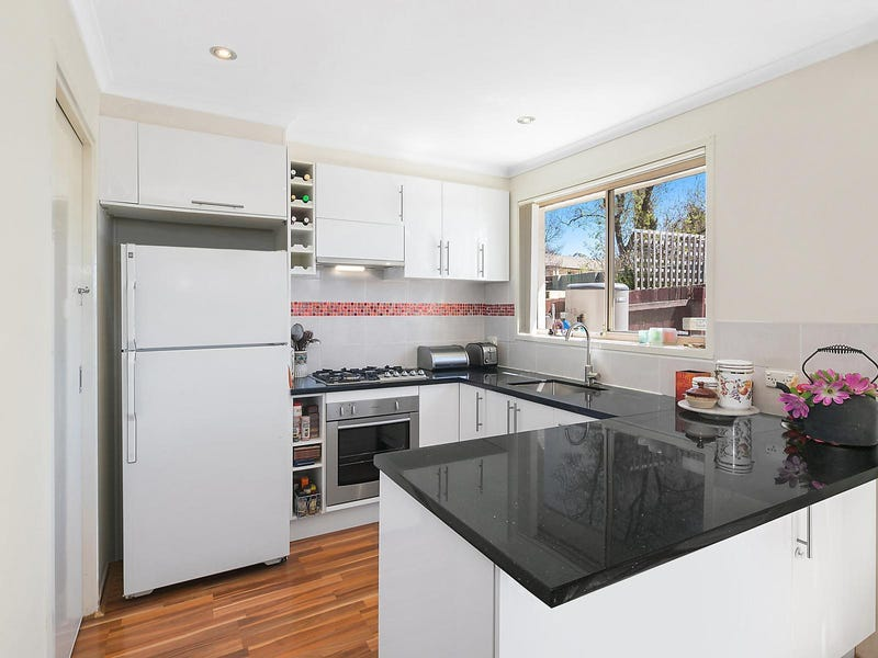 4/6 Kemsley Place, Pearce, ACT 2607