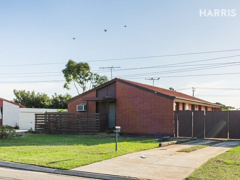 42 Chowilla Court, Craigmore, SA 5114