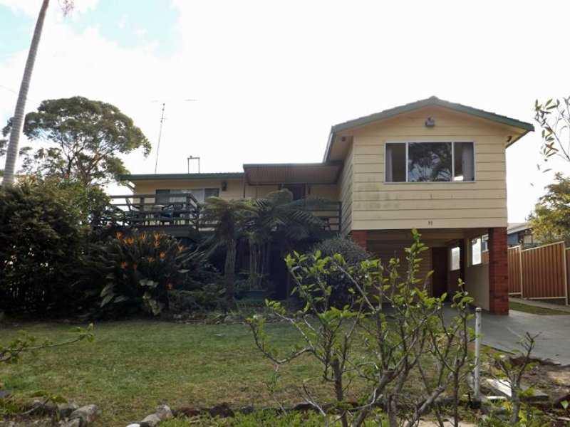 31 River Road, Lake Tabourie, NSW 2539