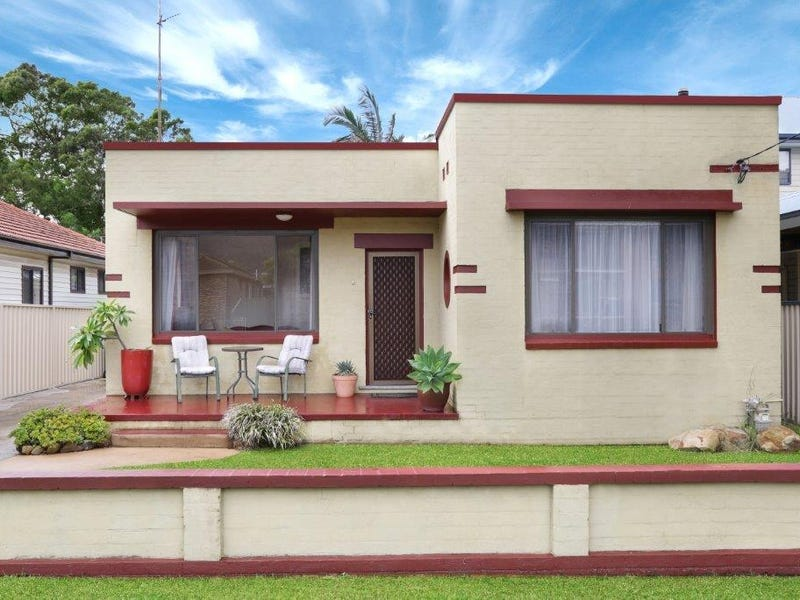 15 Byron Street, Bellambi, NSW 2518
