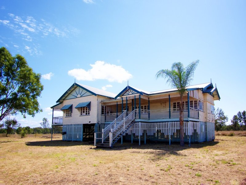 256 MT TARAMPA ROAD, Mount Tarampa, Qld 4311
