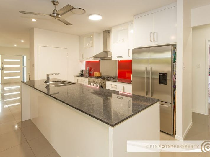 34 Starboard Cct, Shoal Point, Qld 4750