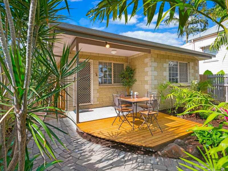 40 Davidson Street, South Townsville, Qld 4810