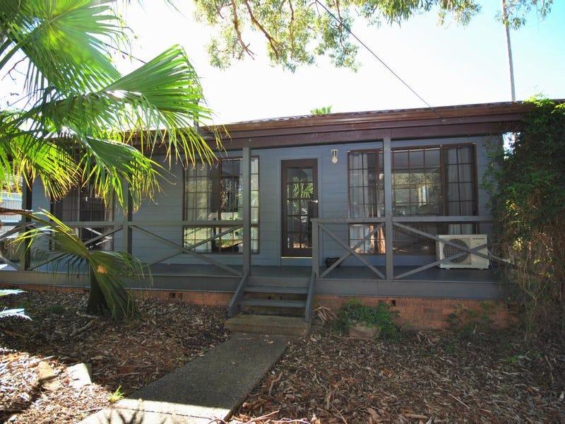 6 Lena Close, Lake Munmorah, NSW 2259