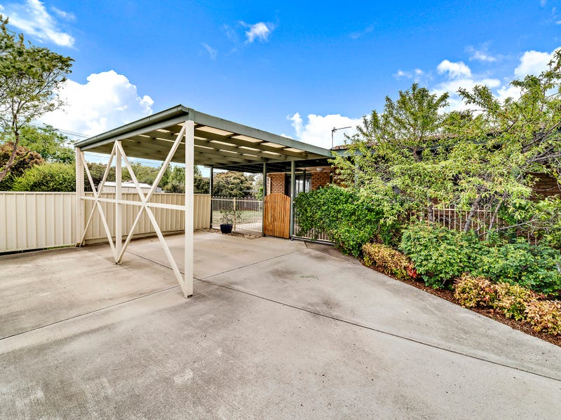 14B Litchfield Place, Gilmore, ACT 2905