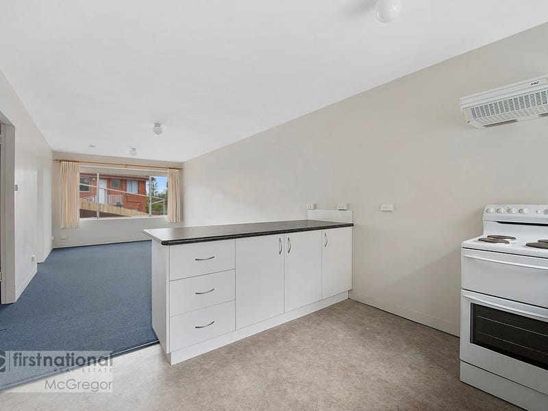 2/12 Wallace Avenue, Lenah Valley, Tas 7008