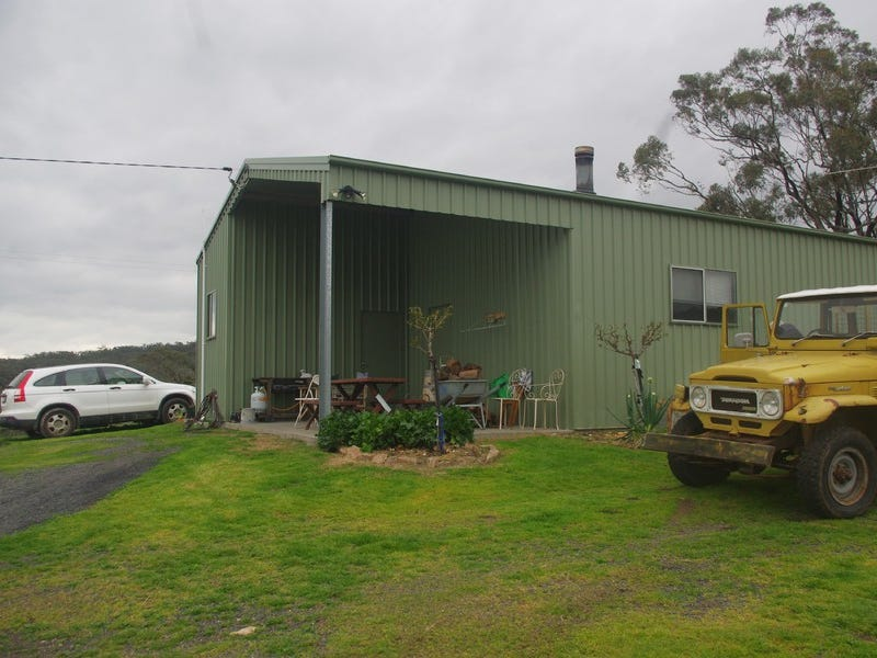 101 New England Highway, Willow Tree, NSW 2339