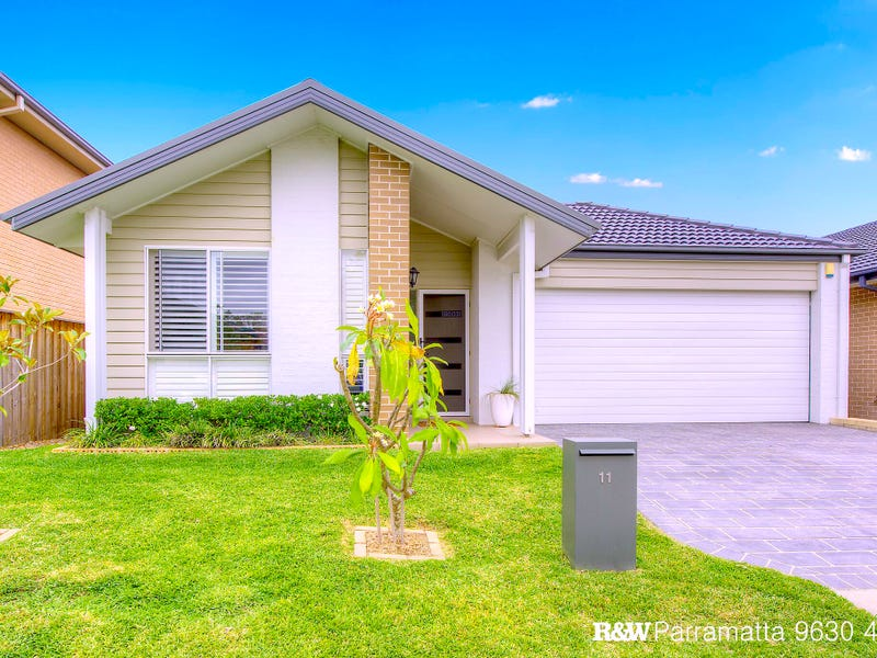 11 Hargrave Avenue, Middleton Grange, NSW 2171