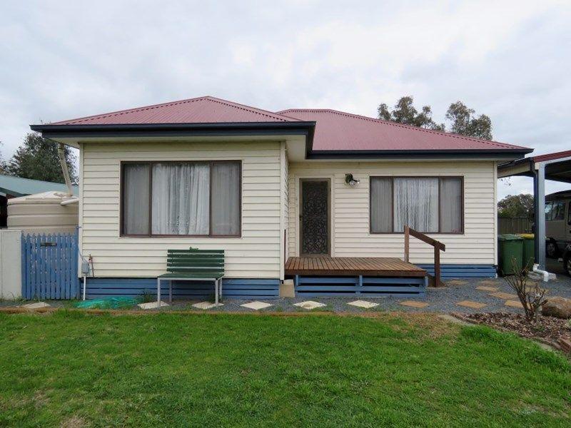 50 Henty Street, Culcairn, NSW 2660
