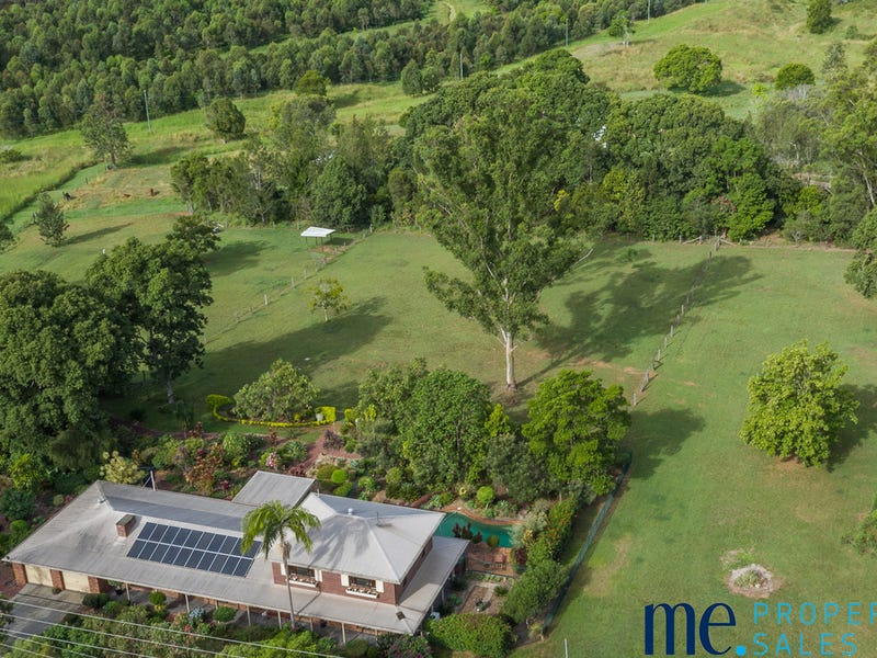 5 McCulloch Road, Armstrong Creek, Qld 4520