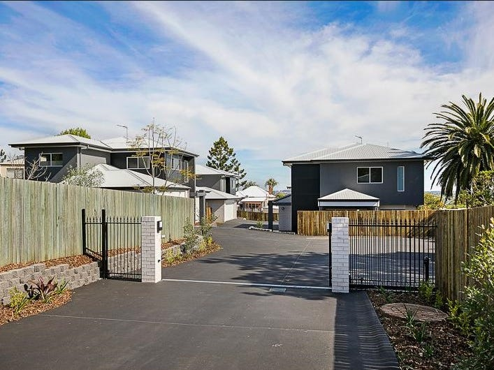 Address available on request, Mount Lofty, Qld 4350