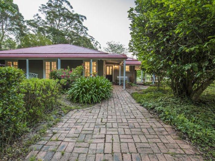 1 Lees  Road, Robertson, NSW 2577