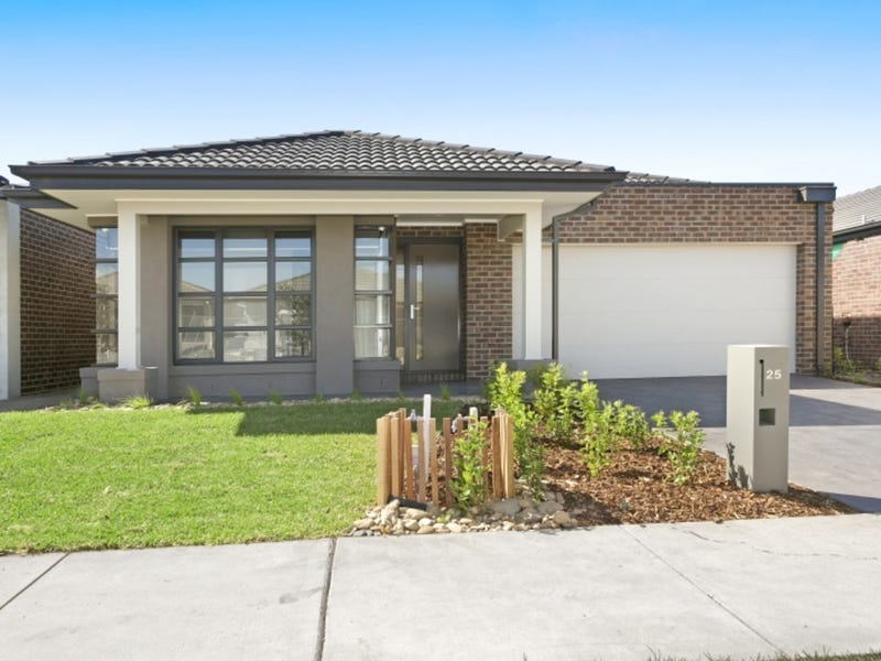 25 Middleton Road, Armstrong Creek, Vic 3217