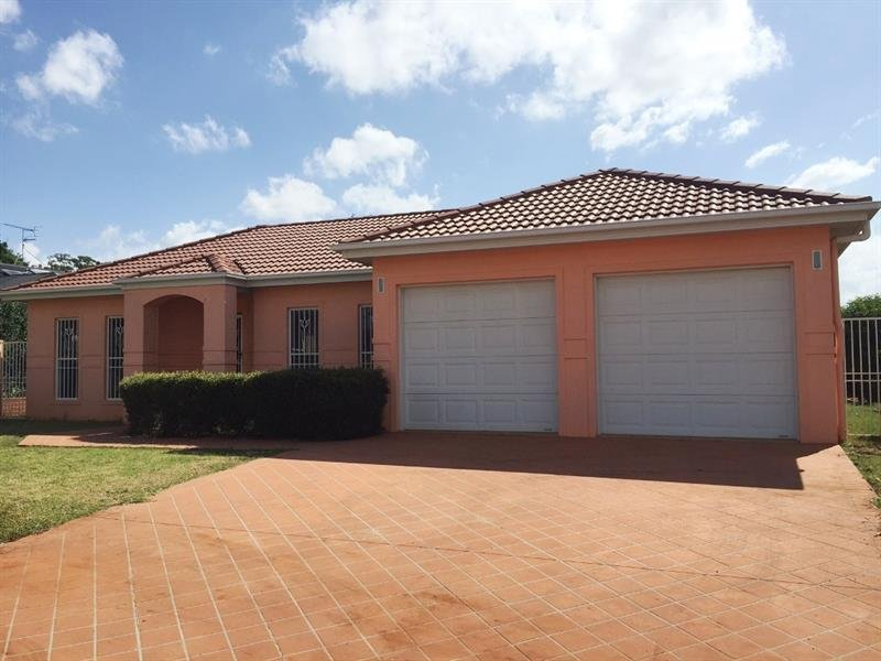 5 Vanham Close, Middle Ridge, Qld 4350