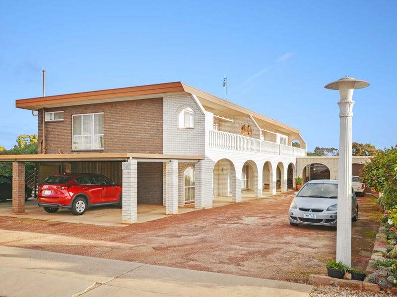 Unit 1/3 Allen St, Stawell, Vic 3380